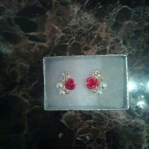 Rose pearl stud Earrings